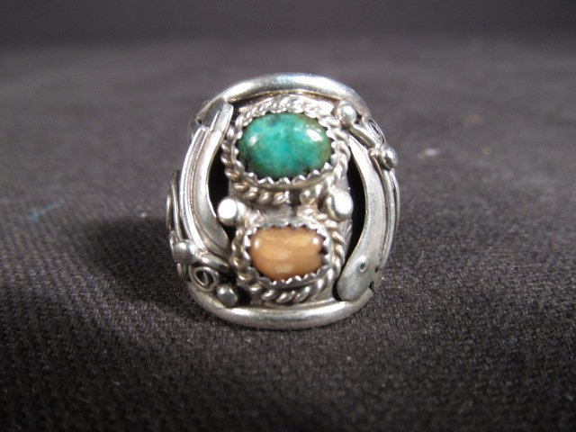 NATIVE AMERICAN STERLING SILVER RING BY R.TOM