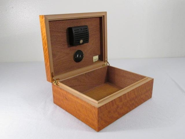 RITOS PARQUETRY INLAID MAPLE HUMIDOR - 2
