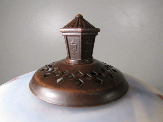 THOMAS KINKADE REVERSE PAINTED GLASS TABLE LAMP - 4
