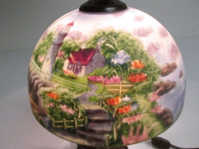 THOMAS KINKADE REVERSE PAINTED GLASS TABLE LAMP - 7