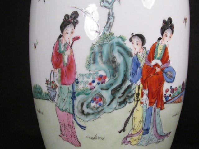 CHINESE FAMILLE ROSE HAND PAINTED VASE AS LAMP - 3