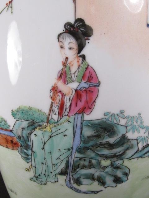CHINESE FAMILLE ROSE HAND PAINTED VASE AS LAMP - 5
