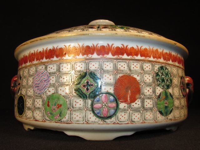 CHINESE HAND PAINTED PORCELAIN COVERED TUREEN - 2