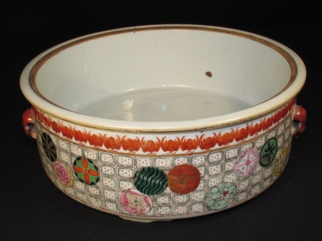 CHINESE HAND PAINTED PORCELAIN COVERED TUREEN - 7