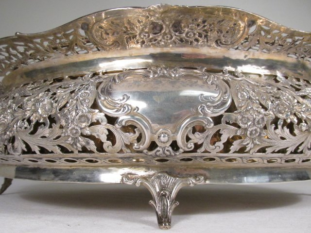 19TH C GERMAN .800 SILVER CENTERPIECE WITH FLOWER FROG - 4