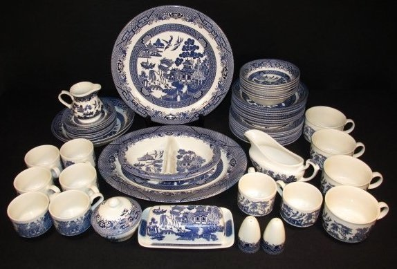 STAFFORDSHIRE BLUE WILLOW PORCELAIN DINNERWARE: 62 PCS