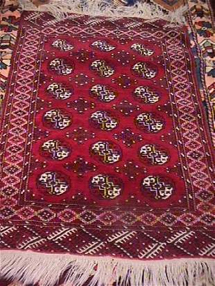 ORIENTAL HAND KNOTTED CARPET