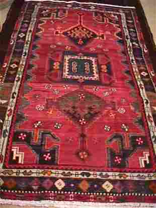 PERSIAN SHIRAZ HAND KNOTTED RUG