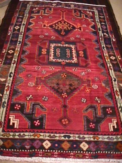 16D: PERSIAN SHIRAZ HAND KNOTTED RUG