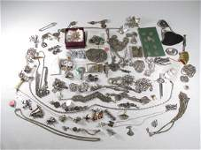 TRAY LOT ASSORTED LADIES COSTUME JEWELRY: STERLING,