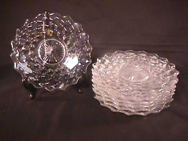 806: 8 ANTIQUE FOSTORIA  GLASS PLATES SMALL