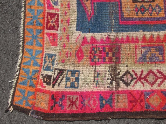"""CAUCASIAN HAND KNOTTED WOOL RUNNER - 12'4"""" x 3'6"""" - 7"""
