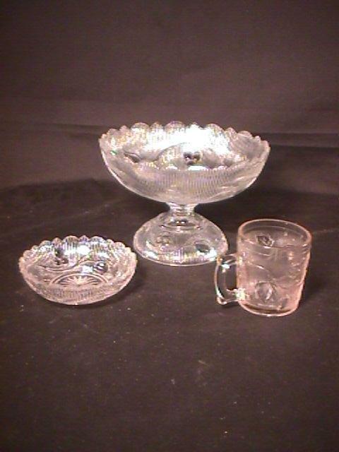 14: EAPG EARLY AMERICAN PATTERN PRESSED GLASS leaves 3