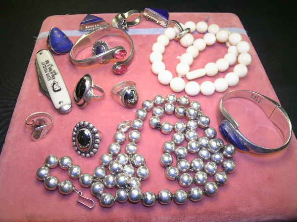 445: GROUP MEXICAN SILVER JEWELRY BEADS BRACELET ETC
