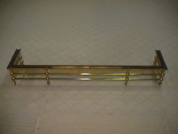 1432: BRASS FIREPLACE HEARTH SURROUND GRATE
