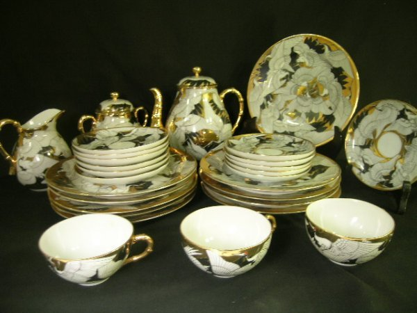 11: EGG SHELL PORCELAIN TEA SET  WITH CRANES 28pcs
