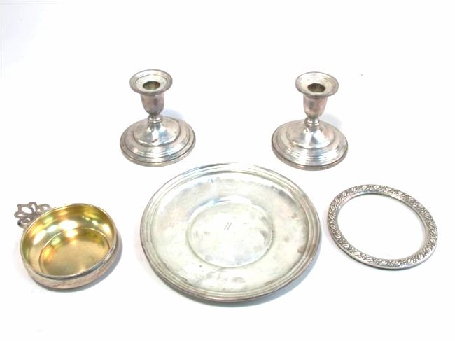 FIVE PIECES ASSORTED STERLING SILVER