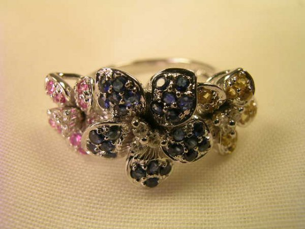 616: 14 KT WHITE GOLD DIAMOND MULTI COLOR SAPPHIRE RING