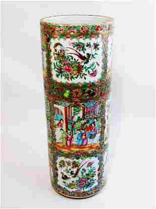 LARGE CHINESE EXPORT ROSE MEDALLION UMBRELLA STAND -