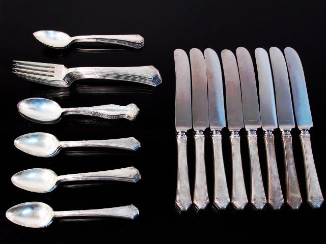 TOWLE STERLING SILVER FLATWARE: 27 TROY