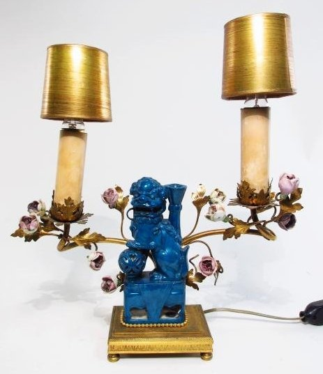 PAIR FRENCH ORMOLU & CHINESE PORCELAIN BOUDOIR LAMPS - 2