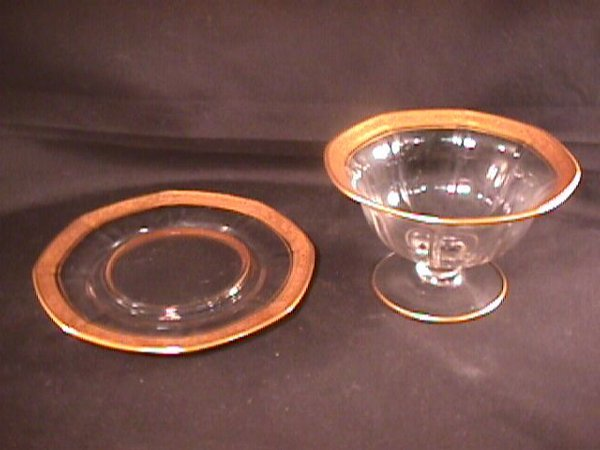 19: OLD DEPRESSION GLASS MAYONNAISE BOWL UNDER PLATE