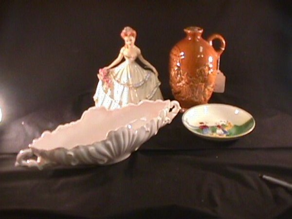 224: GROUP PORCELAIN GLASS AND POTTERY ITEMS