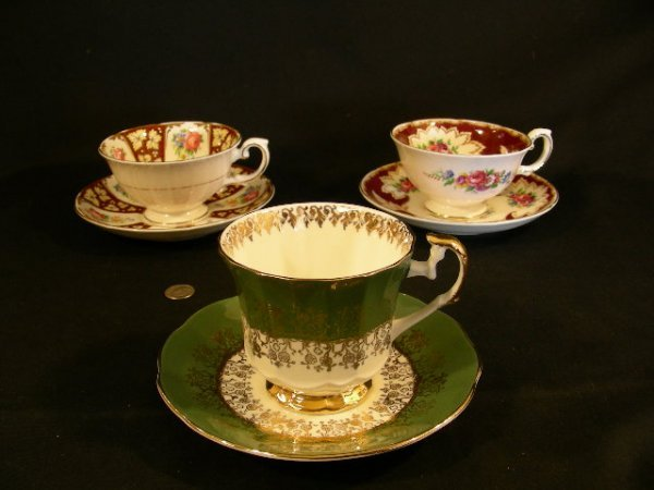ROYAL GRAFTON ELIZABETHAN CHINA CUPS SAUCERS 3 SETS