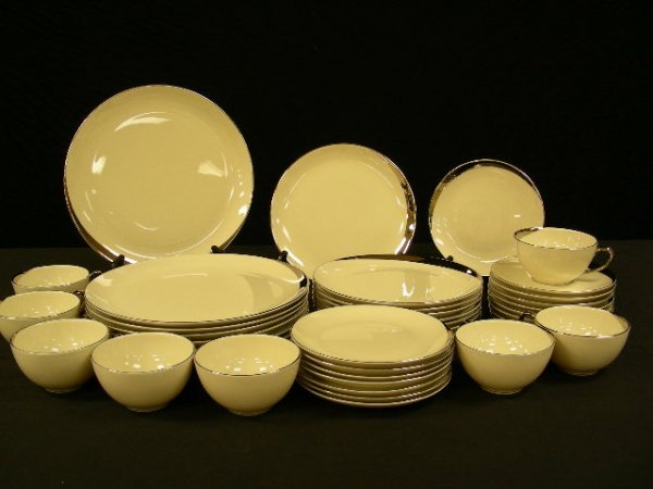RETRO PICARD CHINA CRESCENT DINNERWARE PLATINUM