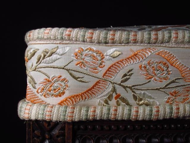 ANTIQUE NEOCLASSICAL STYLE UPHOLSTERED FOOTSTOOL - 4