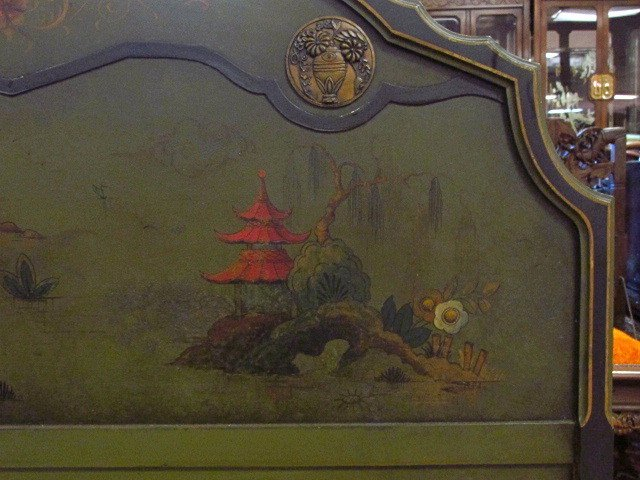 CHINOISERIE STYLE HAND PAINTED FULL SIZE BED FRAME - 4