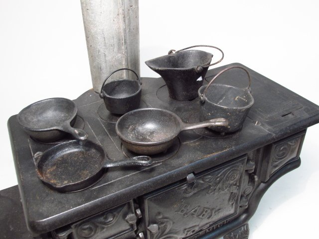 TWO ANTIQUE CAST IRON SALESMAN'S SAMPLE STOVES - 4