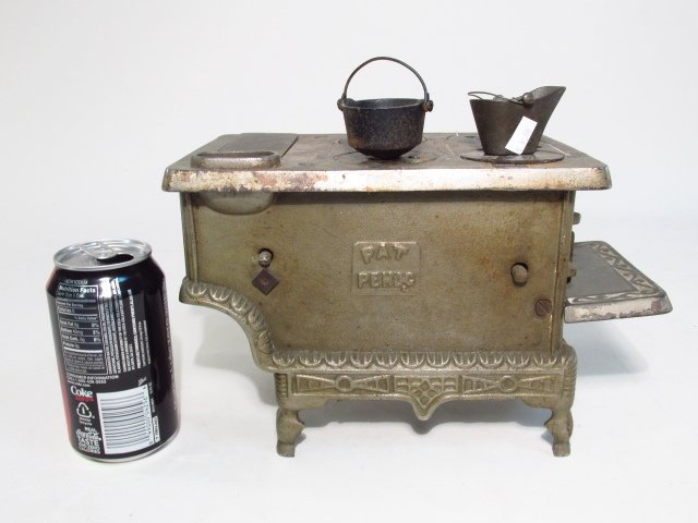 TWO ANTIQUE CAST IRON SALESMAN'S SAMPLE STOVES - 9