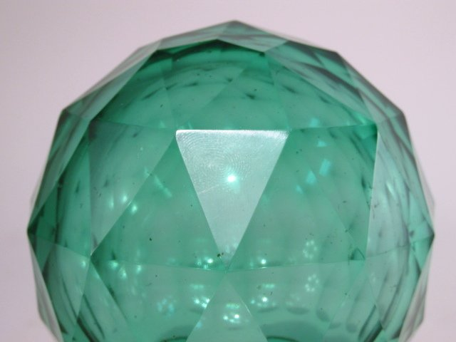 ANTIQUE GREEN CUT GLASS NEWELL POST FINIAL - 2