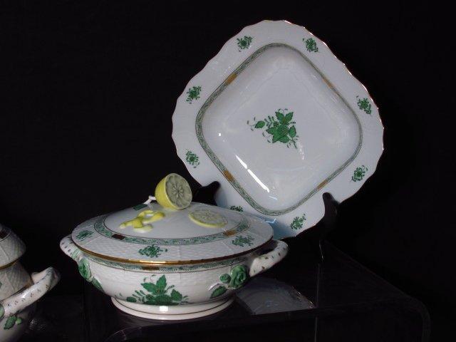 HEREND CHINESE BOUQUET (GREEN) DINNERWARE - 86 PCS - 5