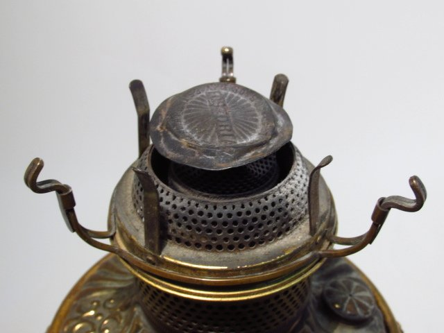 VICTORIAN PATINATED METAL FIGURAL BANQUET LAMP - 6