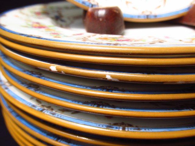 """MINTON """"HAMPSHIRE"""" PORCELAIN DINNERWARE: 56 PCS - 10"""