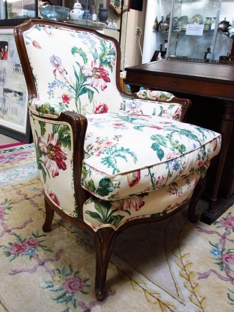 FLORAL UPHOLSTERED BERGERE CHAIR