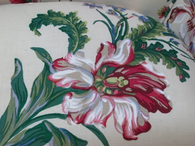 FLORAL UPHOLSTERED BERGERE CHAIR - 3