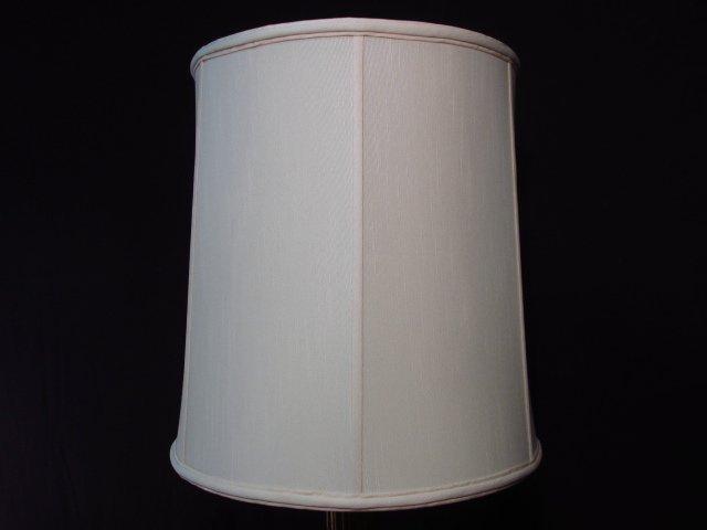 METALLIC FINISHED PILLAR FORM TABLE LAMP - 2