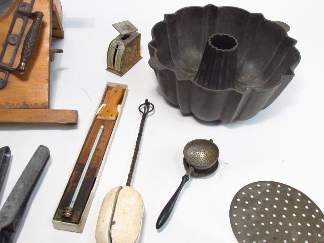VINTAGE & PRIMITIVE KITCHEN TOOLS & ACCESSORIES: S - 8