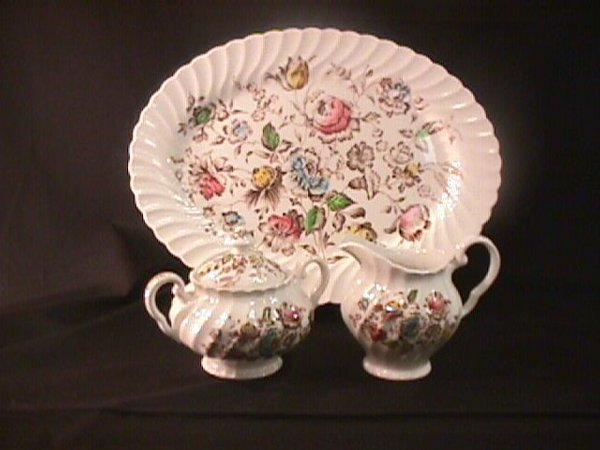 693: STAFFORDSHIRE BOUQUET JOHNSON BROTHERS DINNERWARE - 2