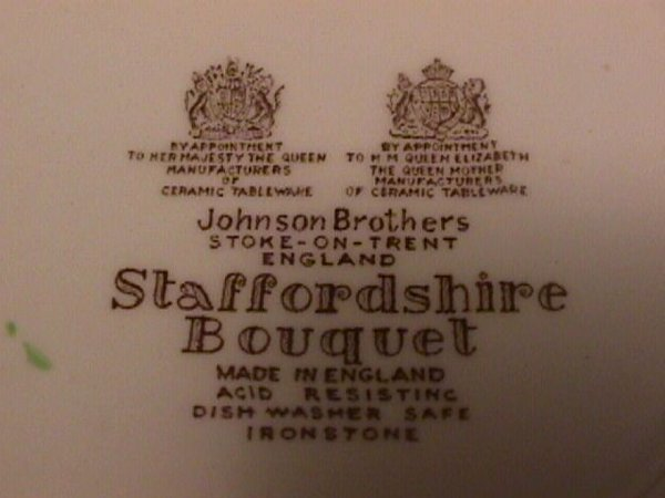 693: STAFFORDSHIRE BOUQUET JOHNSON BROTHERS DINNERWARE - 7