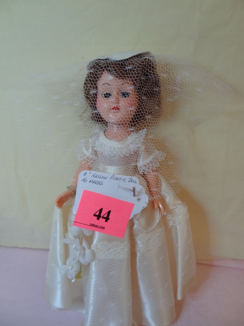 44: 11'' HOLLOW PLASTIC DOLL NO MARKS