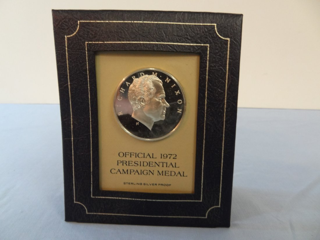 RICHARD NIXON OFFICIAL 1972 PRESIDENTIAL CAMPAIGN MEDAL