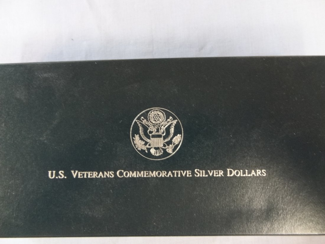 1994 U.S. VETERANS COMMEMORATIVE SILVER DOLLARS, THREE