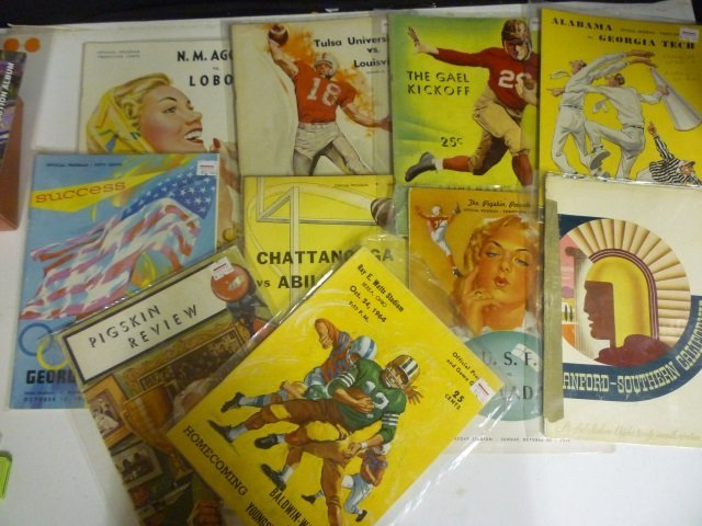 VINTAGE COLLEGE FOOTBALL PROGRAMS: LOT OF 10, MOSTLY 19