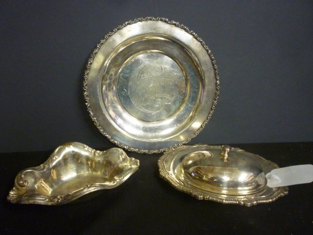 """SILVER PLATED ITEMS: CAKE PLATE MARKED """"MONARCH PLATE B"""