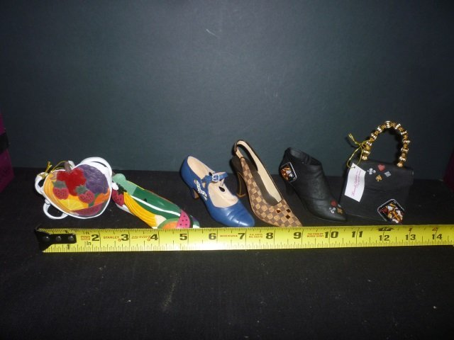 DECORATIVE SHOES: JUST THE RIGHT SHOE SET OF 4 SHOES AN