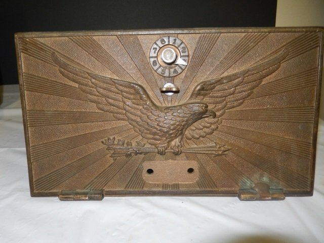 LARGE ANTIQUE POST OFFICE BOX DOOR LARGE ANTIQUE BRONZE